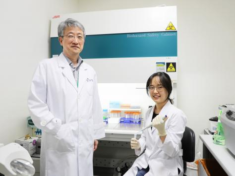 Right Under Your Nose: A More Convenient Way to Diagnose Alzheimer's Disease 이미지